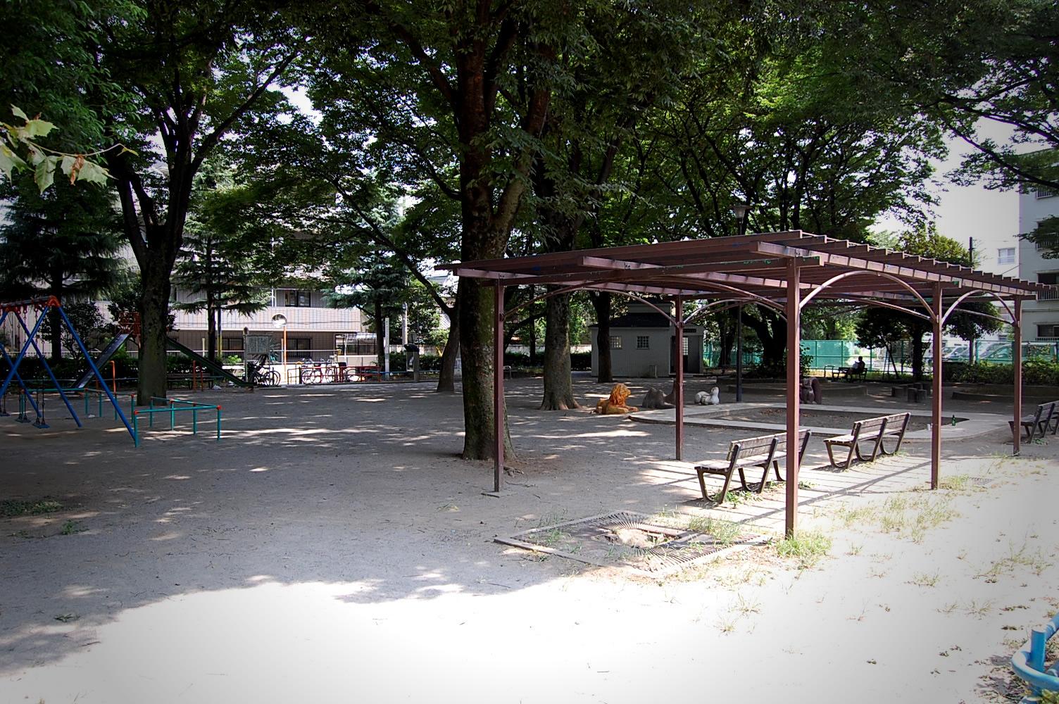タイトル:家政大の近くにある公園! レミちゃんさん(12才)